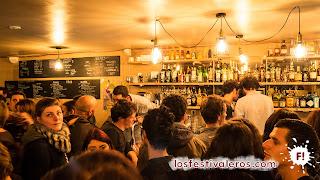12. L'Autruche, un bar que se inauguró solo cinco días antes del comienzo del festival, tuvo claro desde el principio que se subiría al barco de Culture Bar-Bars.