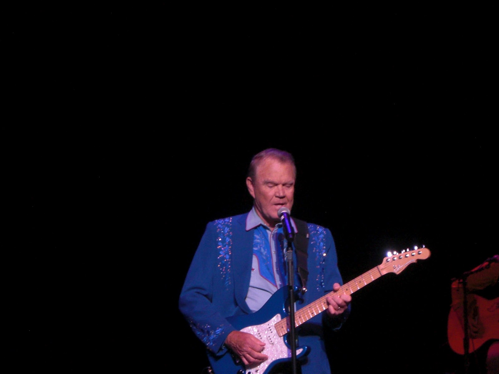 Brookie 39 s cookie jar june 2012 for How is glen campbell doing these days