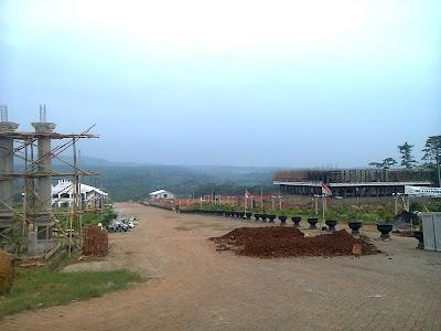 PMS 2 di sebelah barat Desa Clapar sedang dalam pembangunan