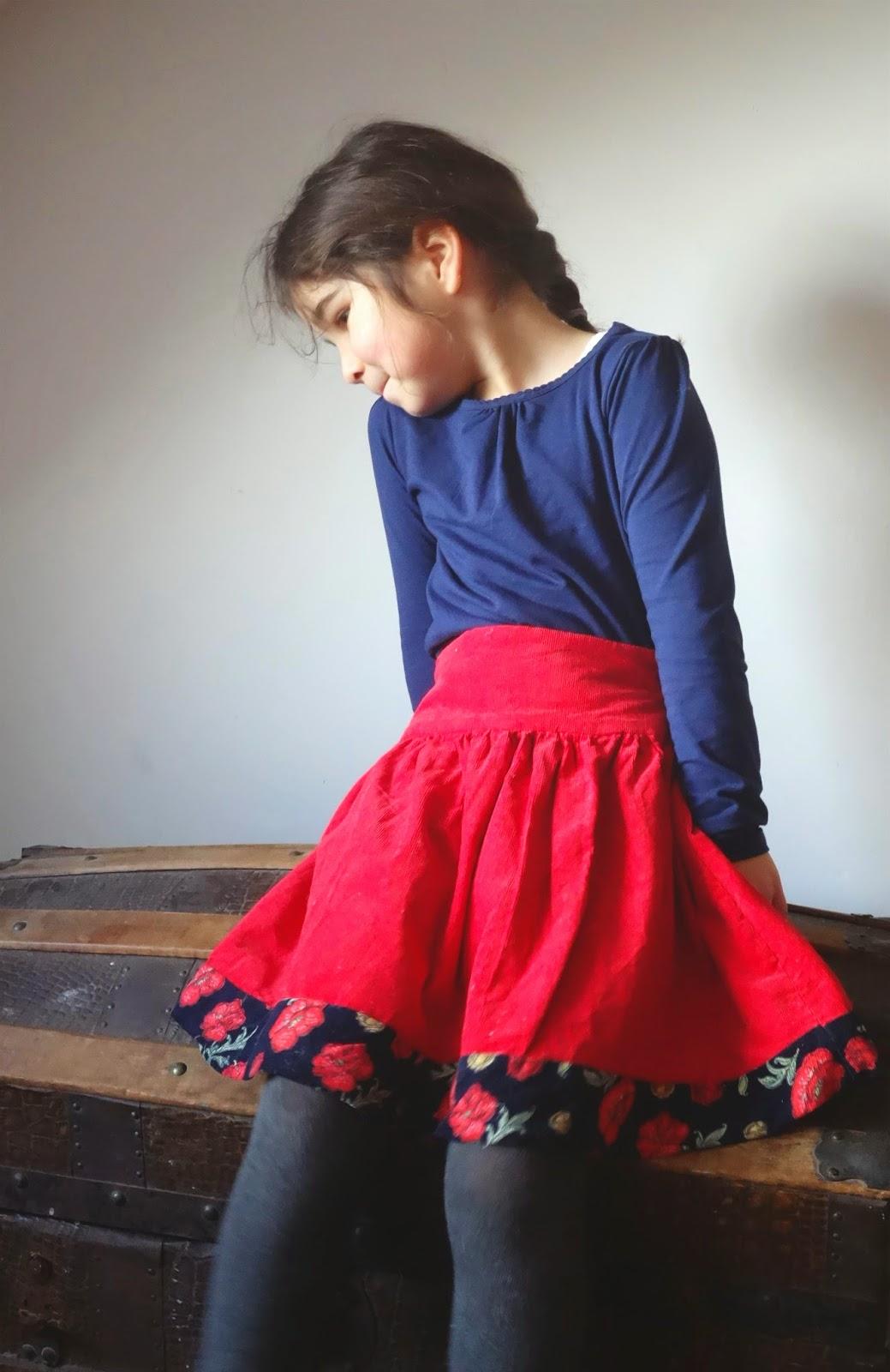 Red skirt, Akiko Mano