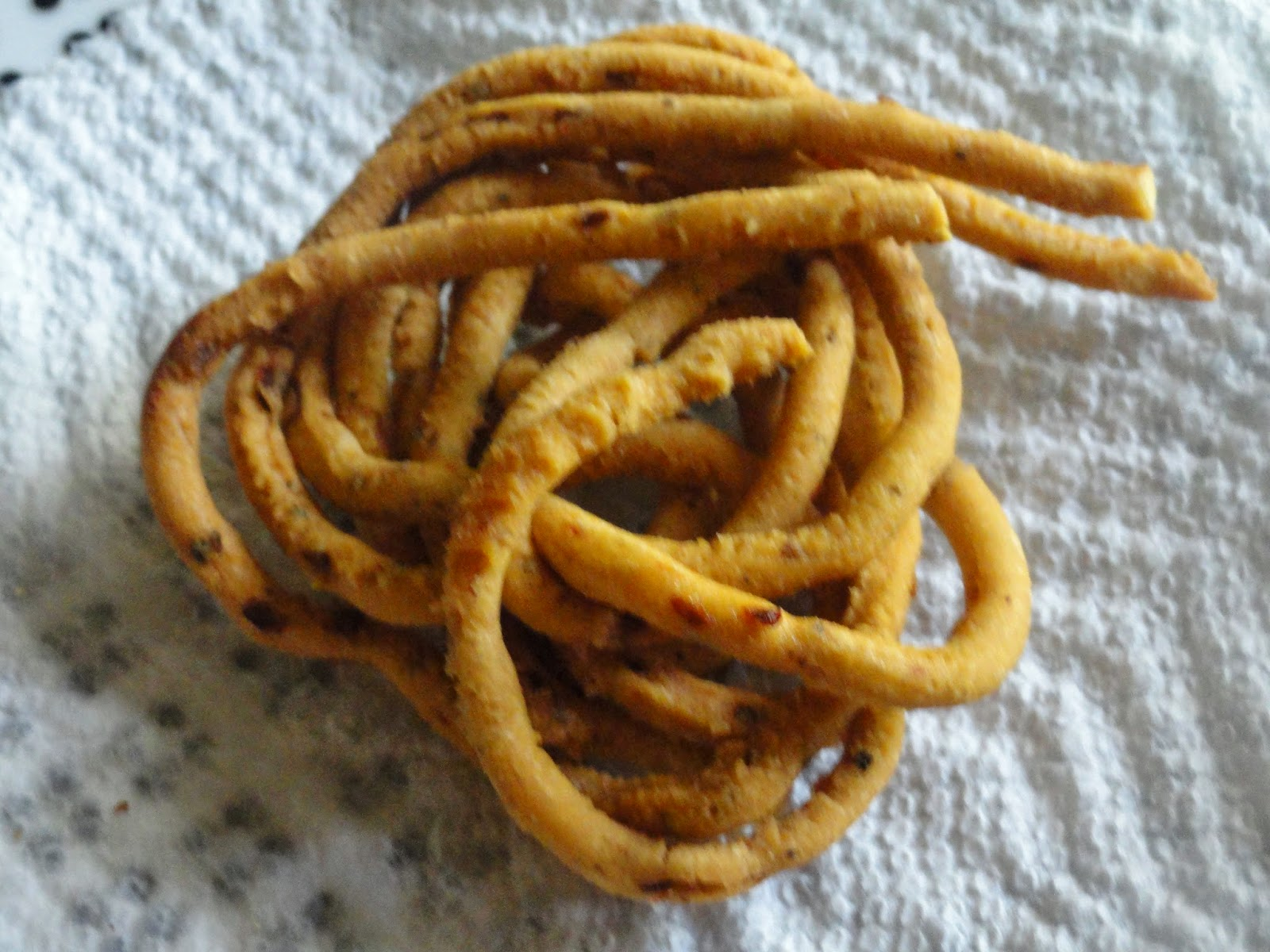 Fried murukku