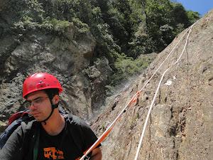 Roteiro 4 - Canyoning Parcial do Rio Perequê