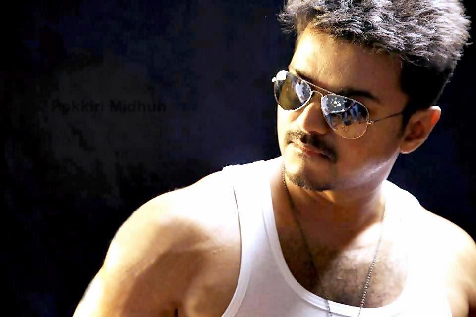 VIJAY : Vijay Thuppaki movie HD wallpapers