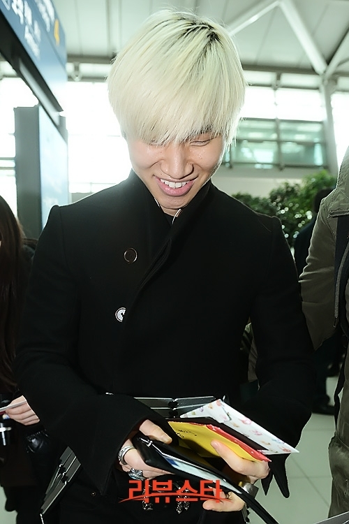 Idol Style: Big Bang's airport fashion 130302