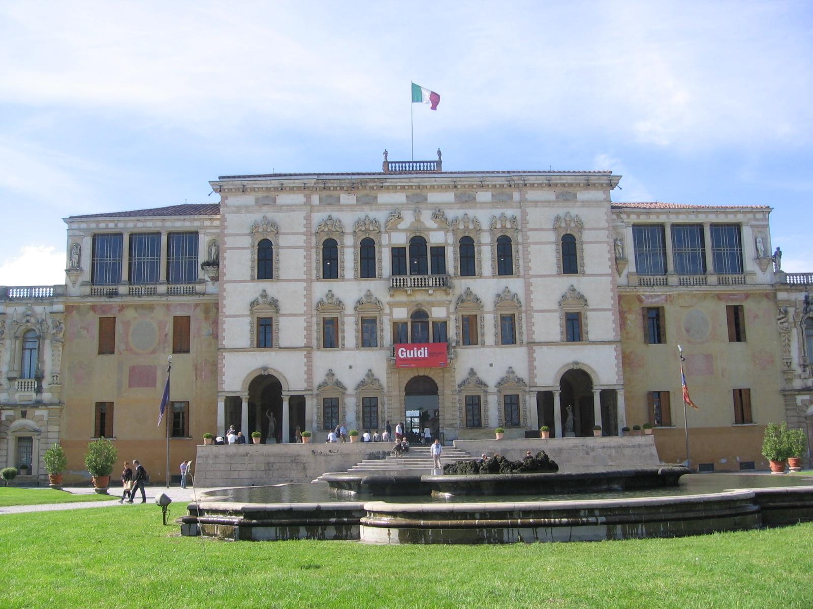 A me piace cosi 39 mercatino dell 39 antiquariato di piazzola for Padova mercatino antiquariato