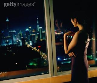 ماذا تفعل الفتيات في الليل داخل غرفهم