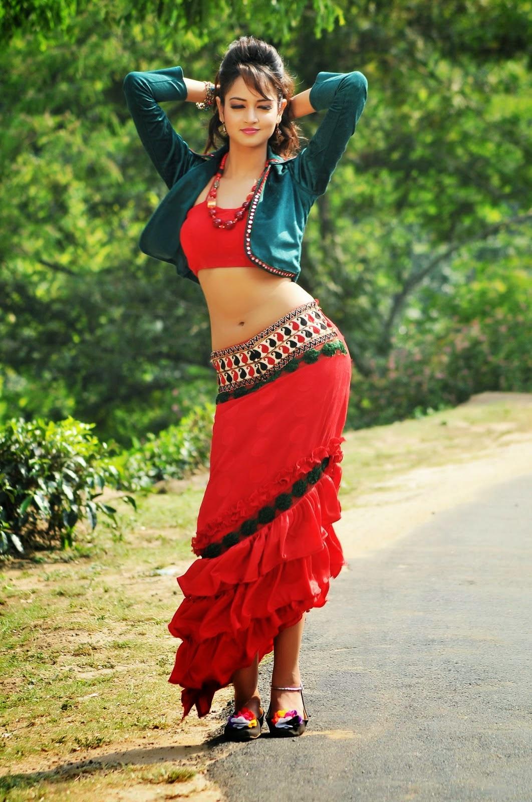 Actress Shanvi Hot Navel Show Hd Photos From Pyar Mey Padipoyane