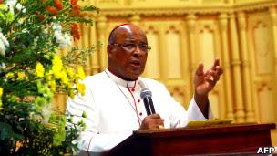 Vergonhoso: Cardeal sul-africano diz que pedofilia NÃO é CRIME
