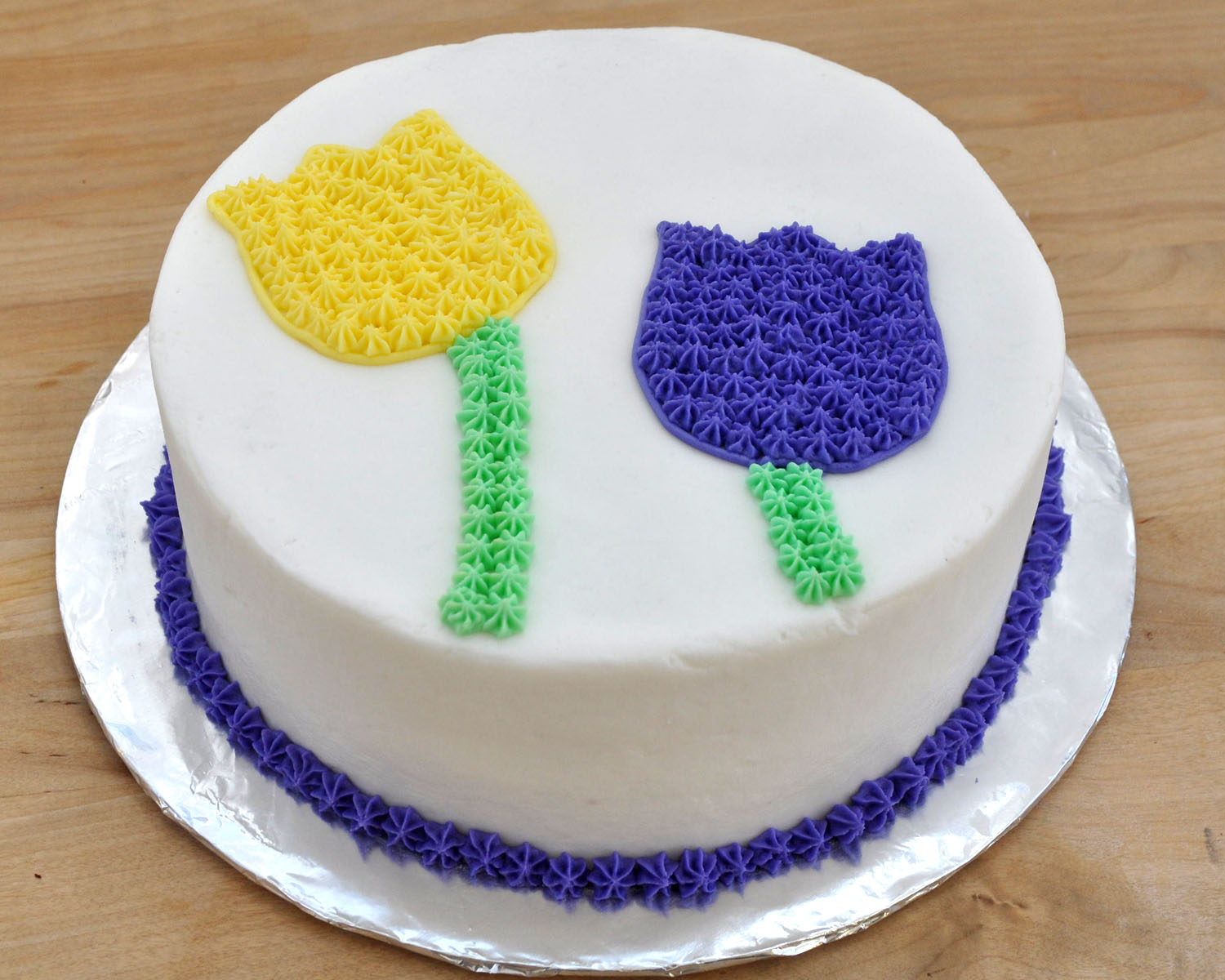 How To Decorate A Cake At Home Easy