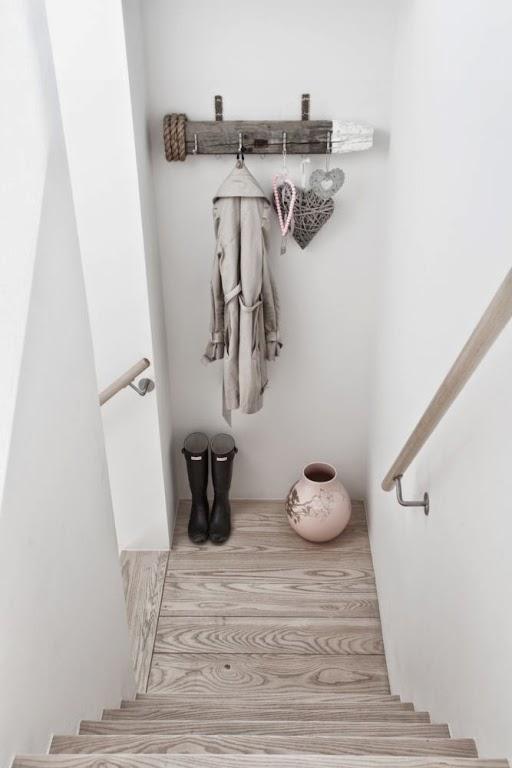 Dekoracje drewno domowe diy wystr j wn trz dekoracje for Idee ingresso casa moderna