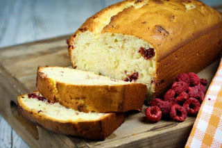sliced-raspberry-bread