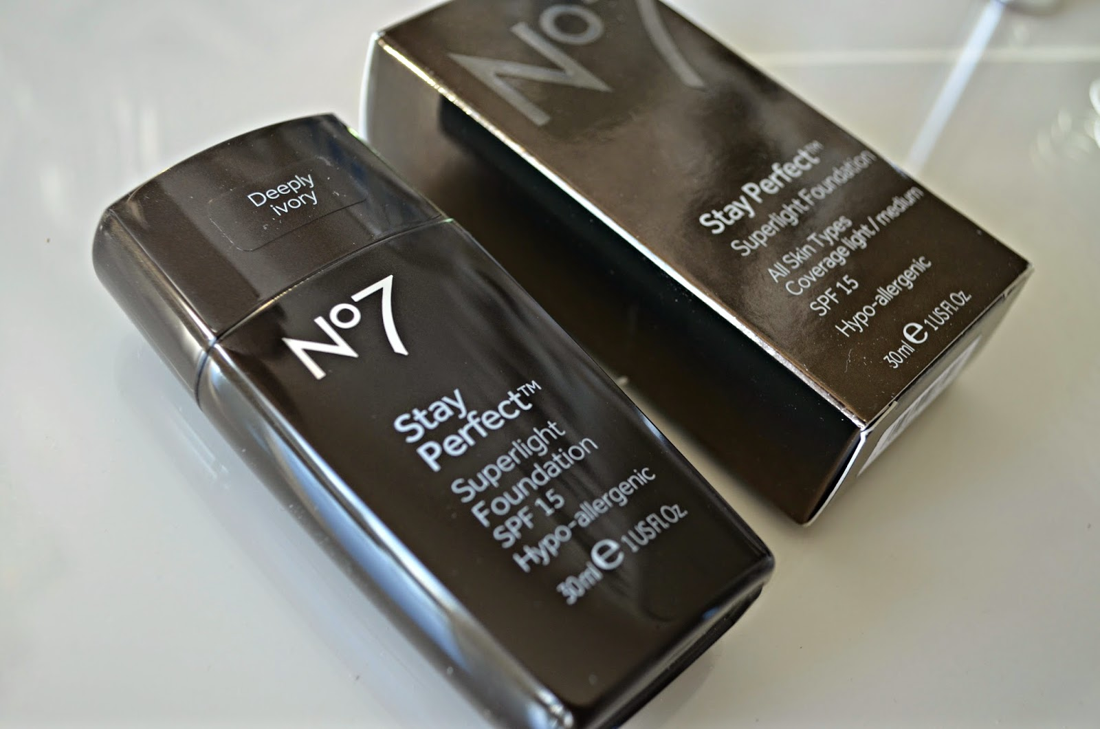 No 7 Stay Perfect Superlight Foundation