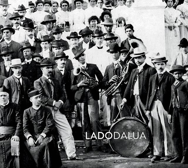 LADODALUA FAZ SHOW DE LANÇAMENTO DE CD EM SÃO PAULO