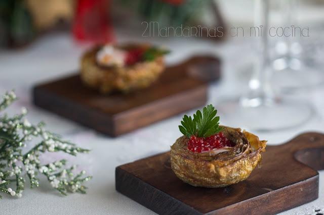 Alcachofas con huevo de codorniz