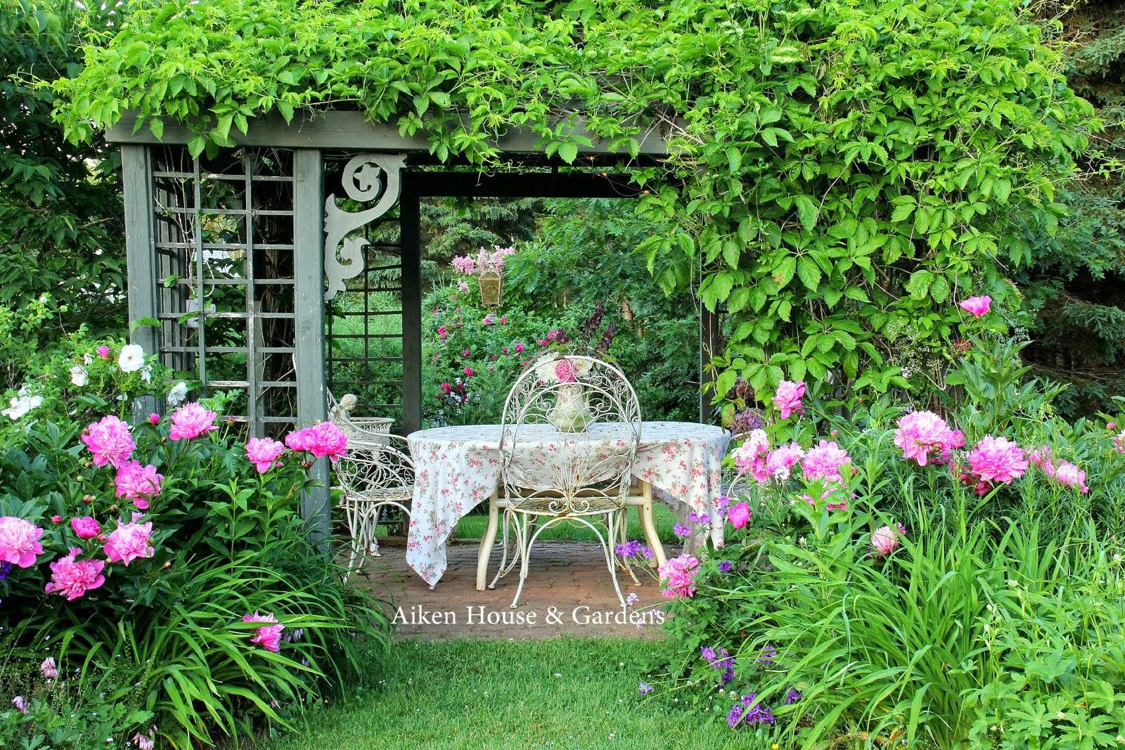 Aiken house gardens in an english country garden for English terrace