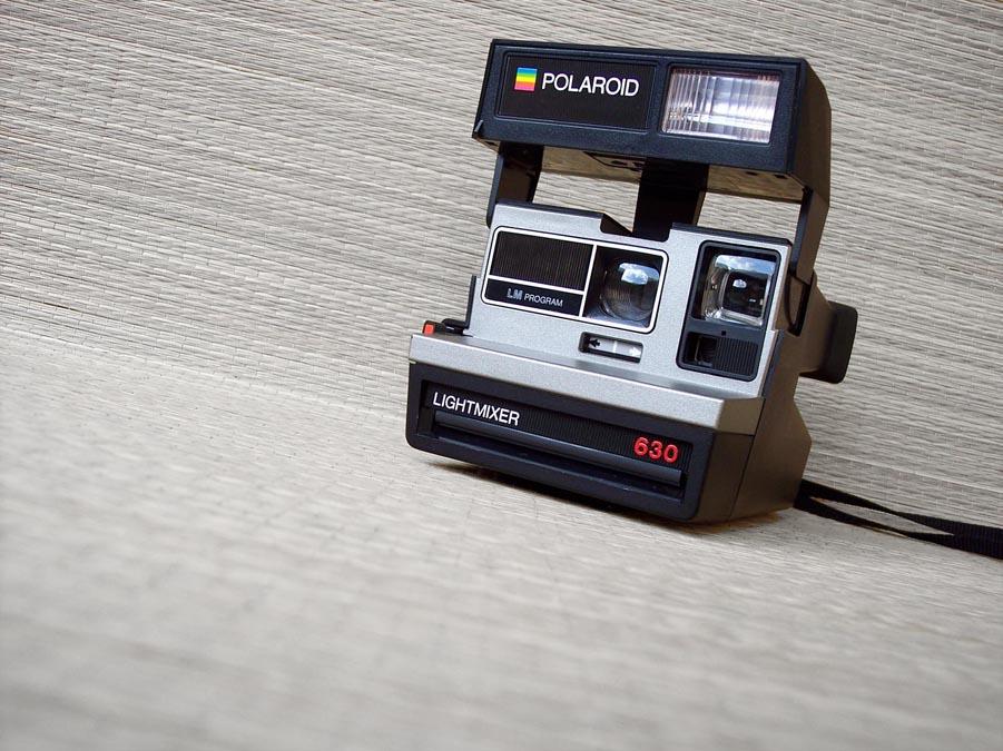 fotografia riflessiva polaroid 630 lightmixer 1984. Black Bedroom Furniture Sets. Home Design Ideas