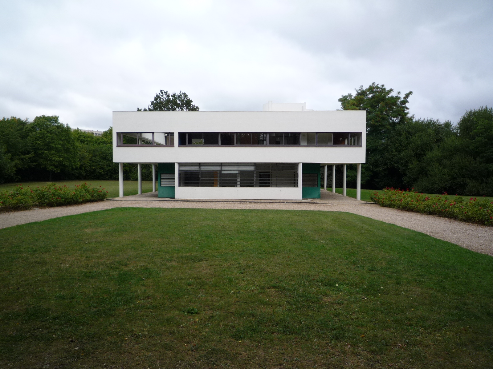 villa savoye le corbusier urban architecture now. Black Bedroom Furniture Sets. Home Design Ideas