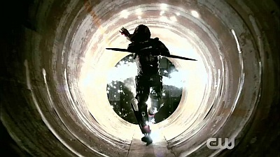 Arrow (TV-Show / Series) - S03E10 'Left Behind' Teaser - Screenshot