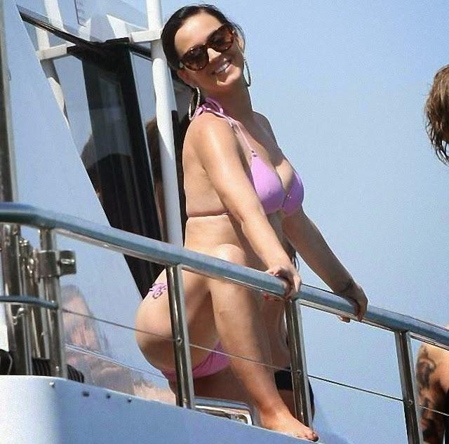 Katy Perry nos muestra su nuevo bikini rosa