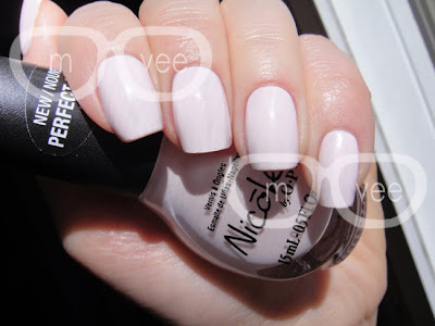 Nicole by OPI Studio Mama swatch