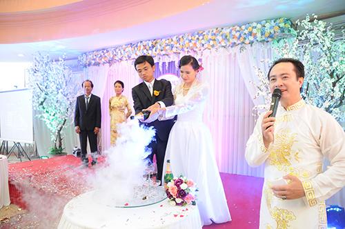 Kết quả hình ảnh cho mc tiệc cưới