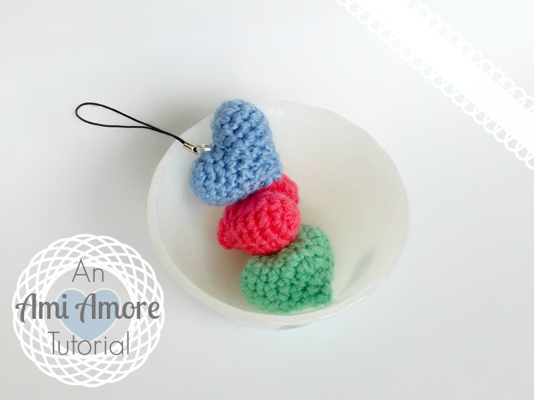 Amigurumi Doll Tutorial For Beginners : Ami Amore: Amigurumi Heart Tutorial