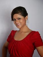 Shilpa Chakravarthy Latest Glam pics in Red-cover-photo