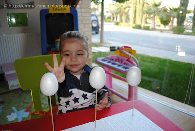 toddler crafts Easter Chicken polystyrene eggs