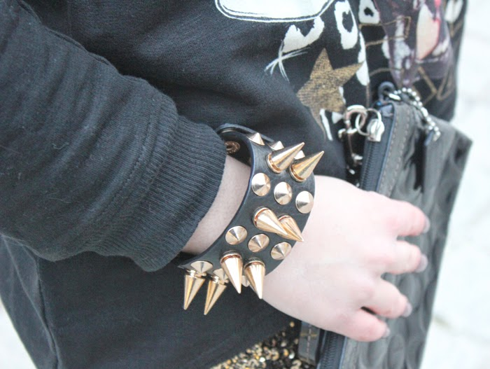 pulsera pinchos, spiked bracelet, fashion blogger, outfit