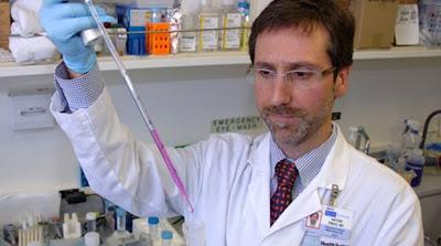 Científicos descubren mutación genética que protegería del Alzheimer