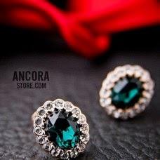 http://www.ancorastore.com/brinco-cristal-verde?tracking=53e049cf1c126