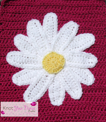 Large-daisy-applique
