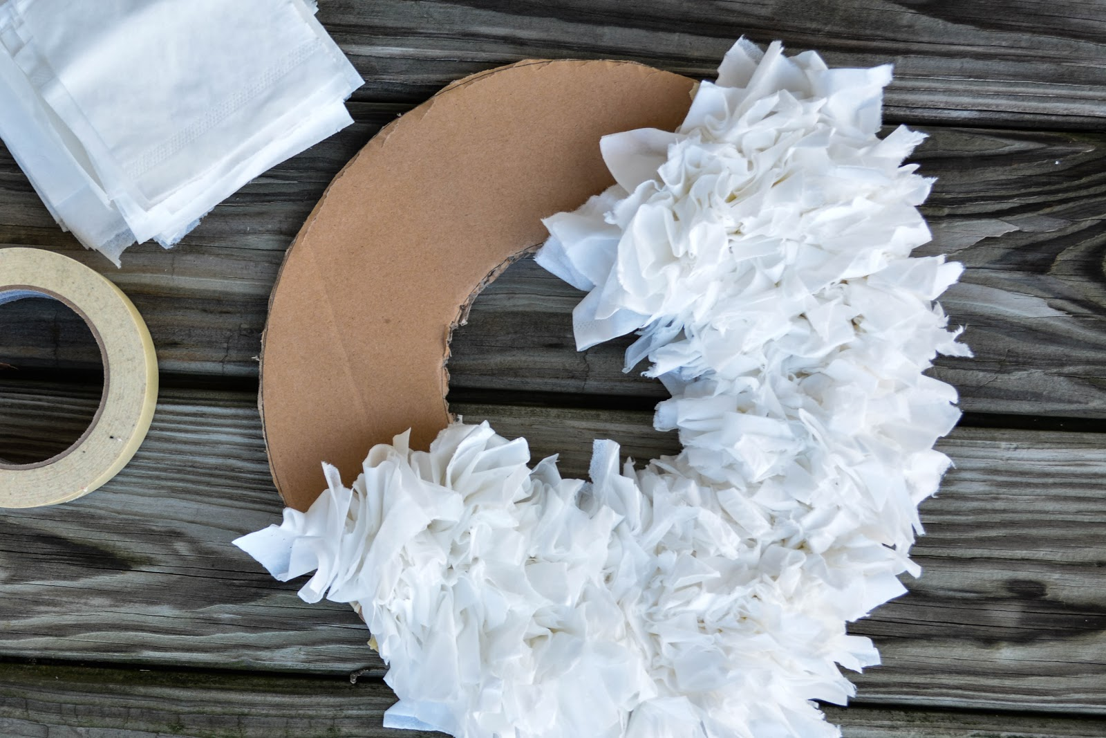 Diy tissue wreath 5 elisabeth mcknight for Handmade things for home