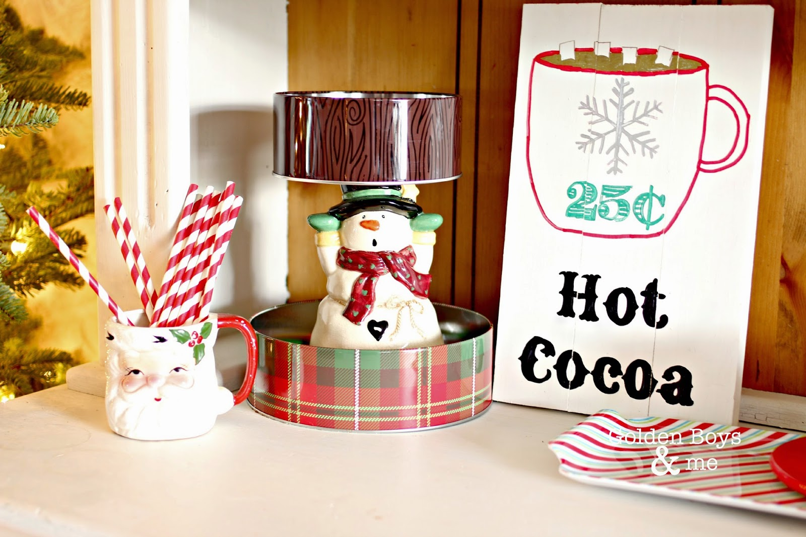 Christmas hutch-www.goldenboysandme.com