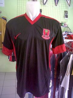 Jasa Pembuatan Seragam Jersey Team Futsal (Sepakbola) Produksi Lokal