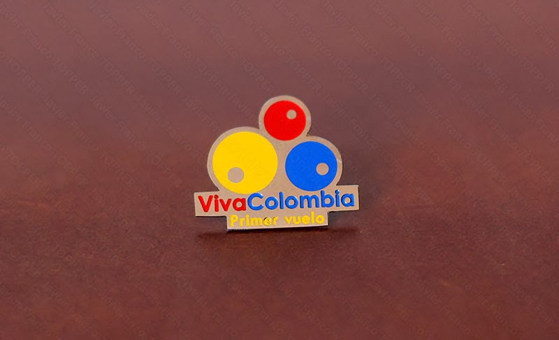 Broches o 'pin' de aviación . VivaColombia