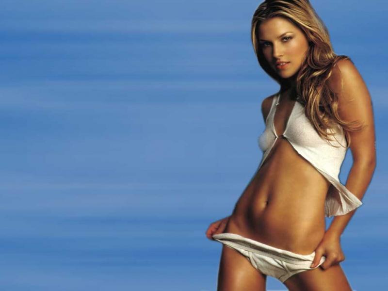 hot girls ali larter hot bikini photos ali larter in bikini