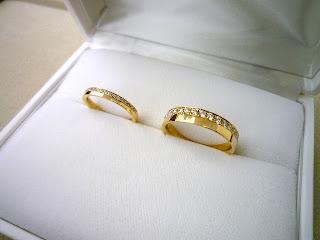 セミオーダーでこだわりのマリッジリング(結婚指輪)を銀座オーダージュエリーサロンでお願いしました。