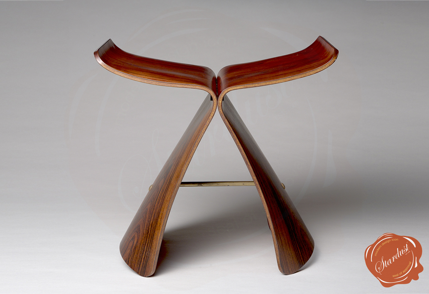 Butterfly chair sori yanagi - Sori Yanagi Butterfly Stool