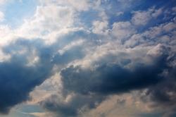 Wolken am Pfingstmontag...