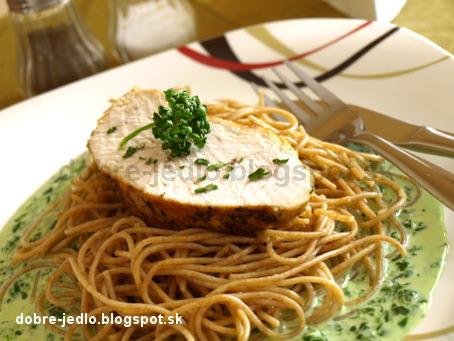 Morčacie prsia so špenátovou omáčkou - recepty
