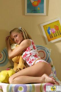 Teen Nude Girl - sexygirl--1982-24-lg-719307.jpg
