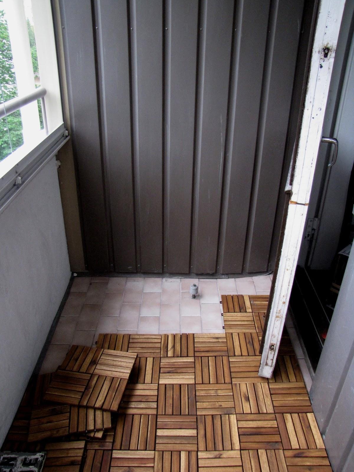 Parveke lattiaritilä – Talo kaunis rakennuksen julkisivuun