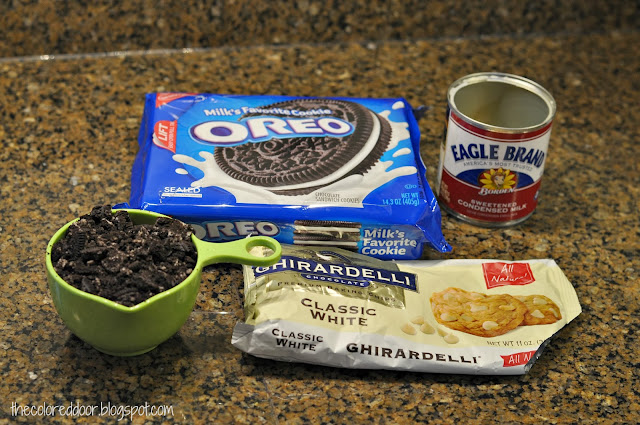 Easy cookies and cream fudge -  the colored door