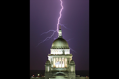 47 Surreal Lightning Photos