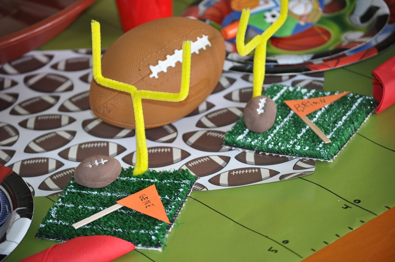 how to make a paper football goal