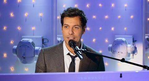 Laurent Lafitte (Vincent Lacroix) au piano