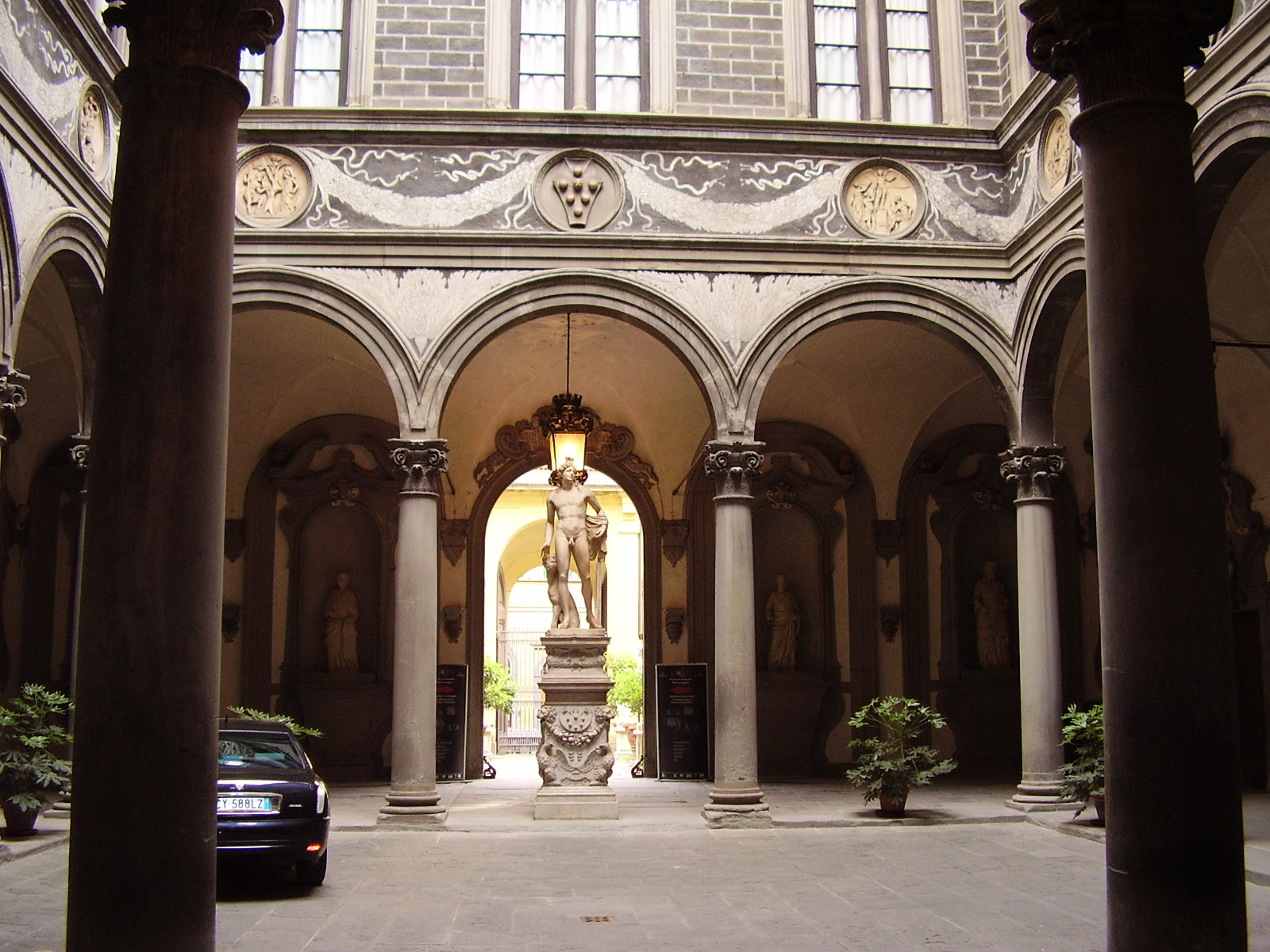 florencia palazzo medici riccardi: