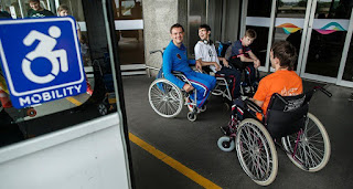 Atletas de bocha paralímpica aprovam acessibilidade no Galeão