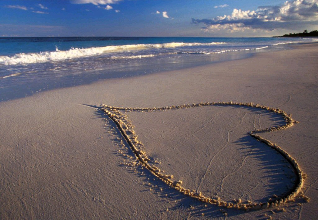 عکس قلب نوشته m